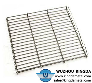 Wire mesh BBQ tray