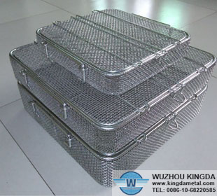Wire mesh instrument basket