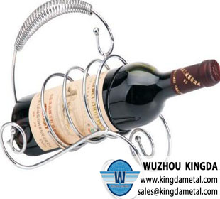 Wire wine holder